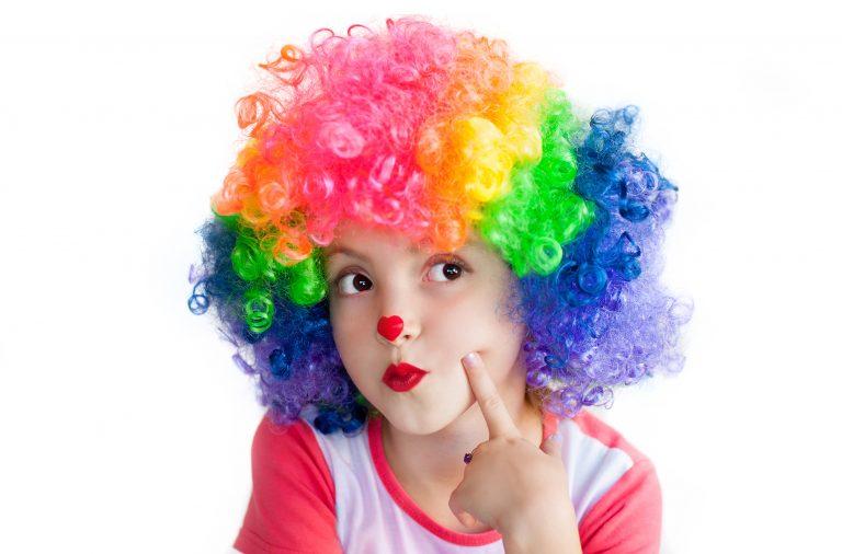 circo fazendo criança criar
